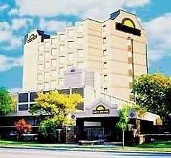 Travelodge Hotel Toronto Airport Park And Fly