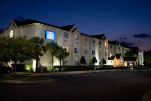 Jacksonville Hotel Plaza And Suites